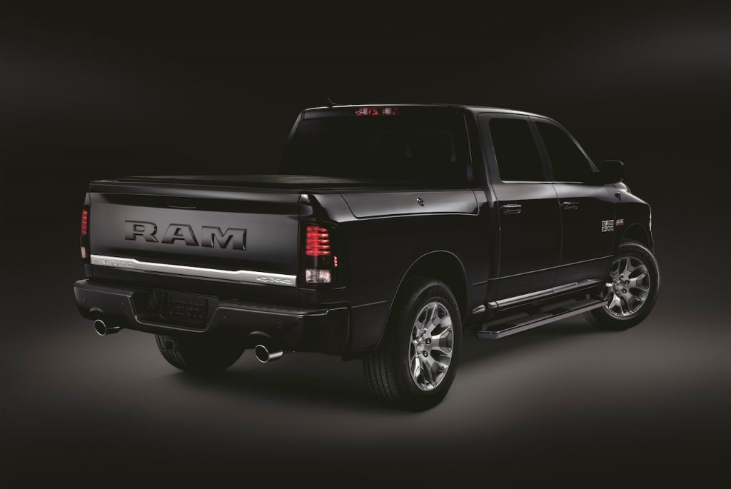 2019 RAM 1500 Quad cab express - Leasing Direct